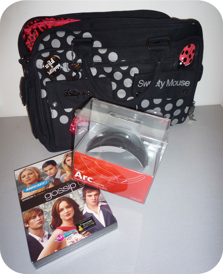 Arc mouse, sac ordi Lollipops et dvd Gossip Girl