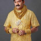 un-tshirt-en-or