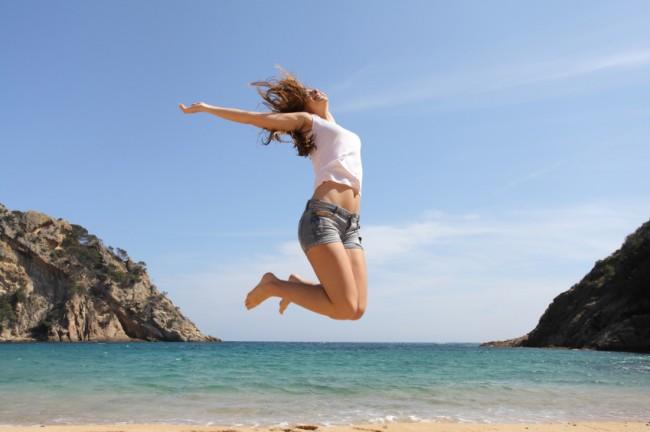 sauter-sur-la-plage
