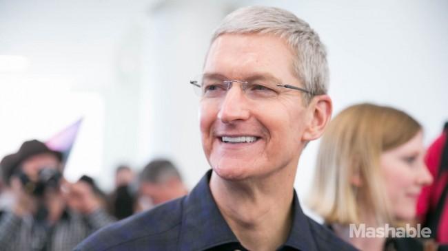 Tim Cook  : L'Apple Watch sera dans les boutiques en juin et Apple Pay débarque en Chine